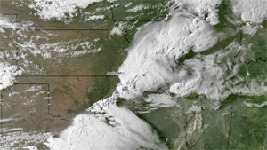 NOAA satellite shows storm system moments before spawning tornado in Joplin, Mo.