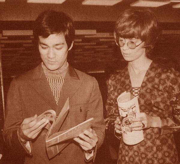 Bruce Lee and his wife Linda
